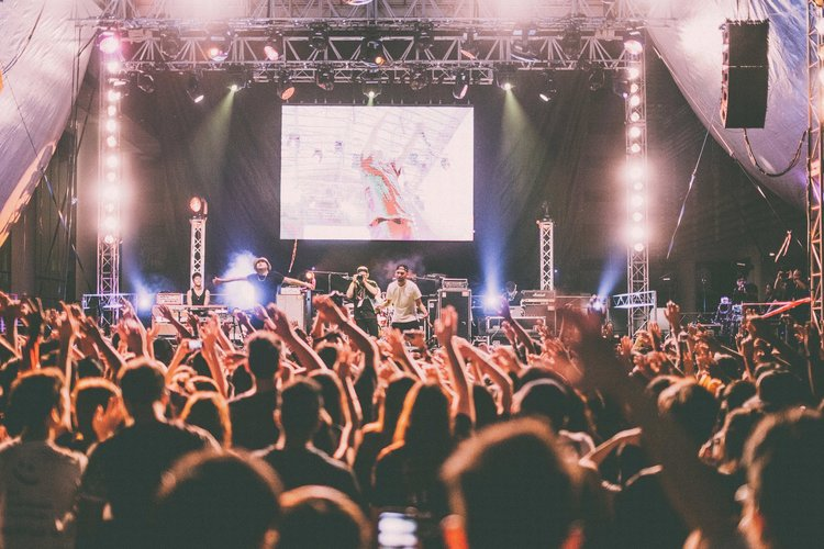 Which Audiovisual Services Work Best for Your Event Space?