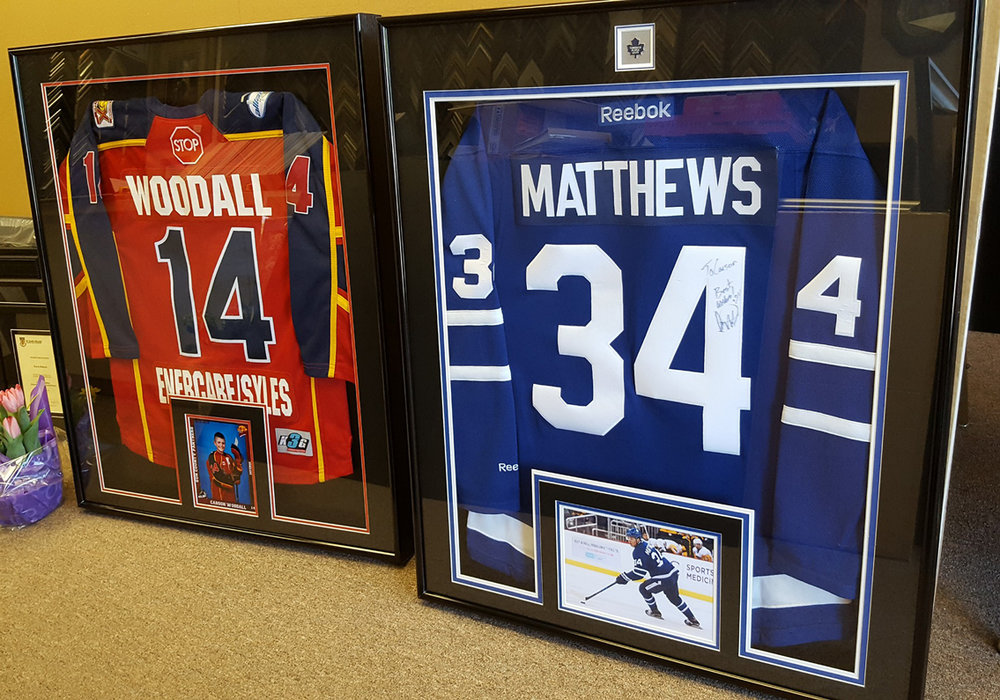 jersey-framing-service-windsor-ontario-picture-this-framing-leafs.jpg