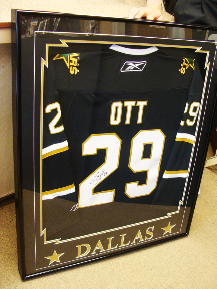 jersey-framing-service-windsor-ontario-picture-this-framing-ott.jpg