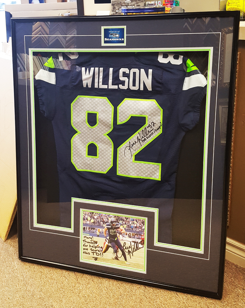 jersey-framing-service-windsor-ontario-picture-this-framing-willson.jpg