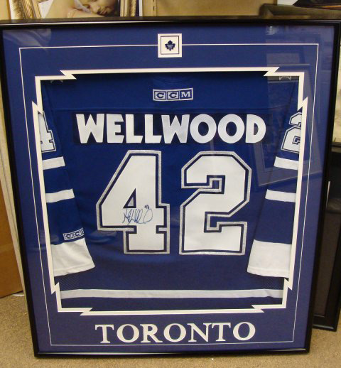 wellwood-jersey-framing-windsor-ontario.jpg