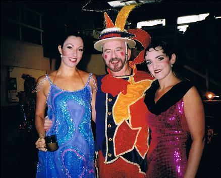 Dana Taylor (Roxie), Alf Taylor (MC), Toni Williams (Velma)