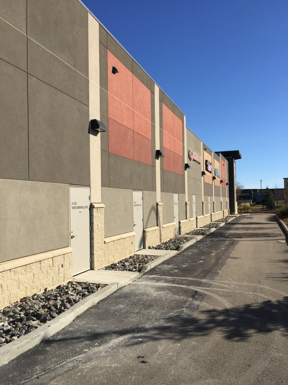 Popeyes - Emerald Hills  Located at Emerald Hills Centre, Sherwood Park, AB.  A Tenant Improvement to a new CRU building.