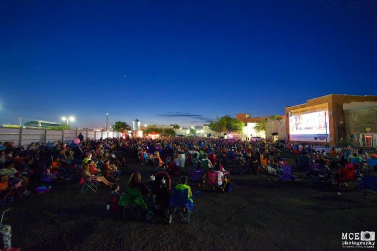 Downtown Movie Night – Photo by MCE Photography