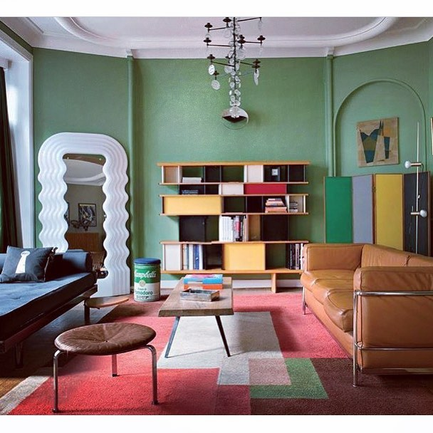 Surrealist dream interior. When nothing matches, everything matches. #repost @dc_hillier #corbusier #midcenturymodern #mcmdaily #maketimefordesign #interiordesign #surreal #colorblocking #gretagrossman #charlotteperriand #danishmodern #andywarhol