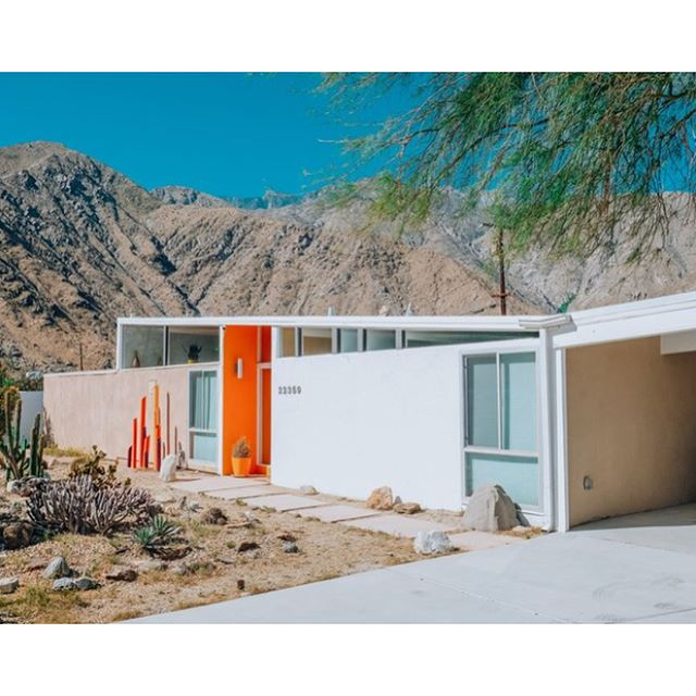 We're now a location agency! Please follow @painfullyhiplocations to submit your home or rent these mindblowing locations for your photo or film production in Los Angeles, New York and Chicago! #locationagency  #filmproduction #photographystudio #midmod #mcm #interiordesign #colorstory #losangelesgrammers