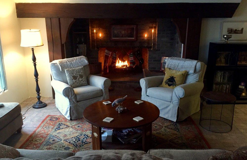 fireplace sitting room1.jpg