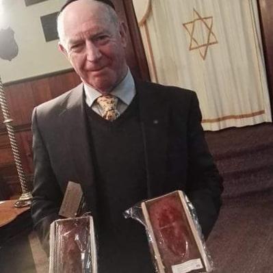 Ballarat Synagogue with Access Honey Cakes.jpg