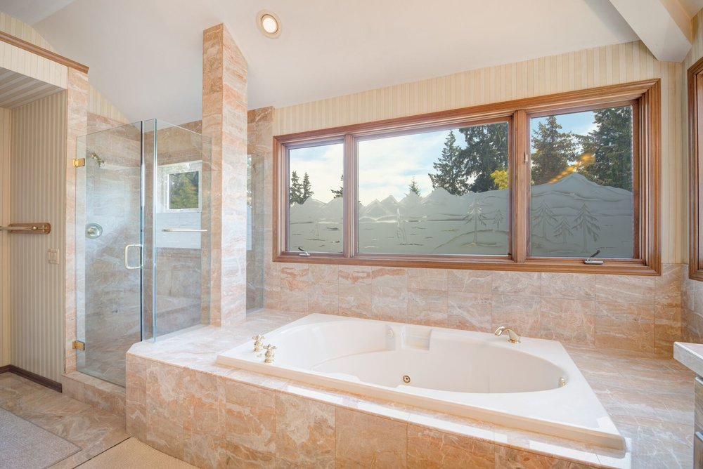 8d-master-bath-5_preview.jpeg
