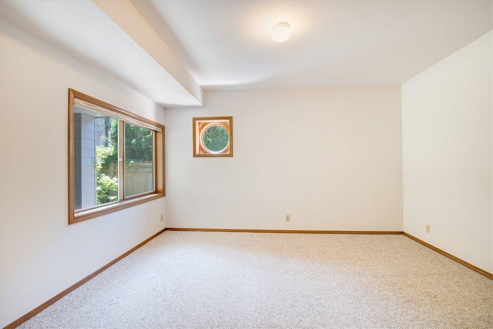 12c-basement-bedroom_preview.jpeg