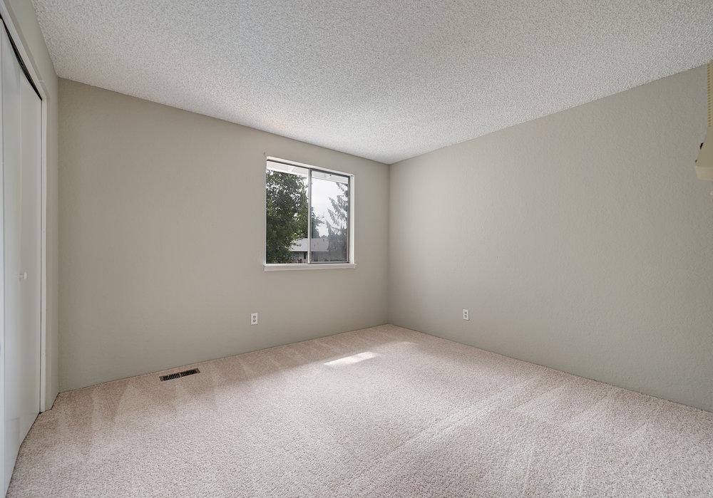 10c-bedroom-3.jpg