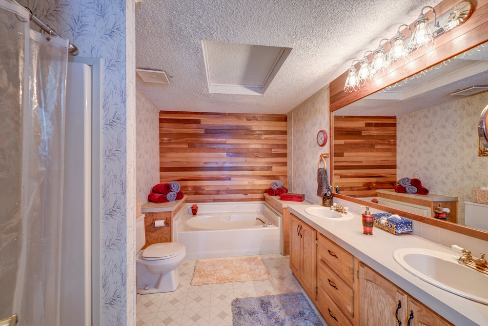 5b-master-bath.jpg