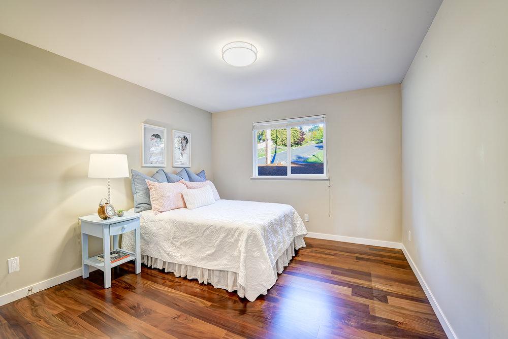 7c-bedroom-2-s.jpg