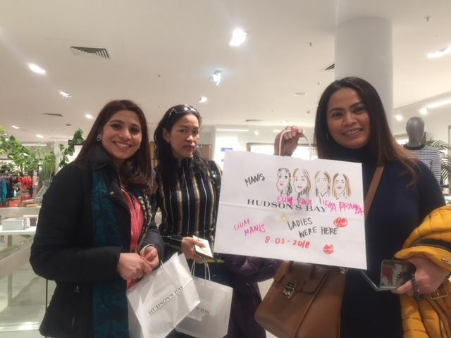 ASIAN INVASION - ASIAN WOMEN, BEST FRIENDS!