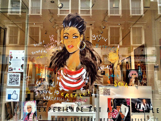 WINDOW PAINTING  in Notting Hill! For Debut Gallery