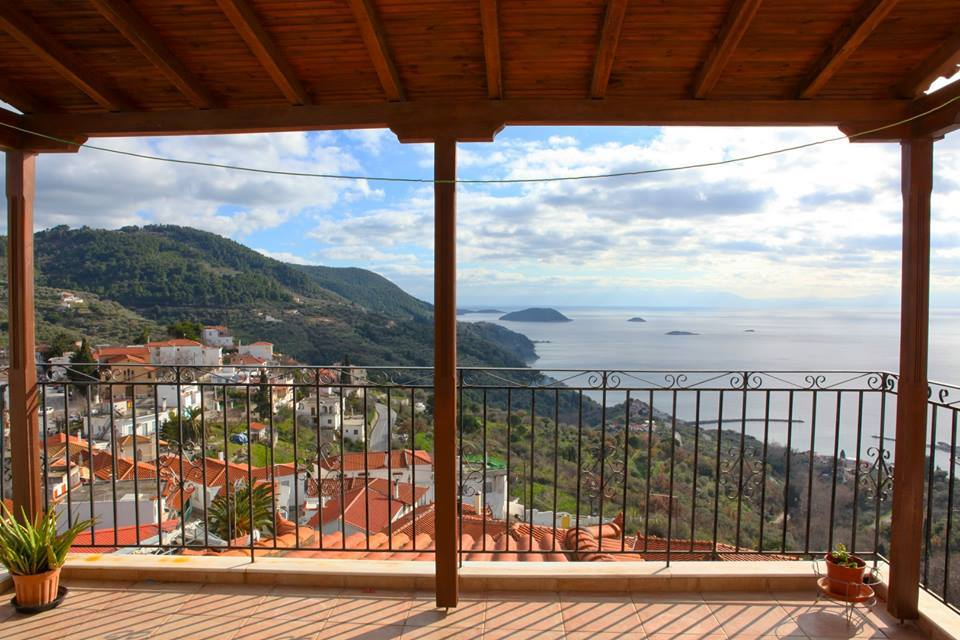 Big house in Glossa with a sea view    Property number 208    Price: euro 160.00     Read more