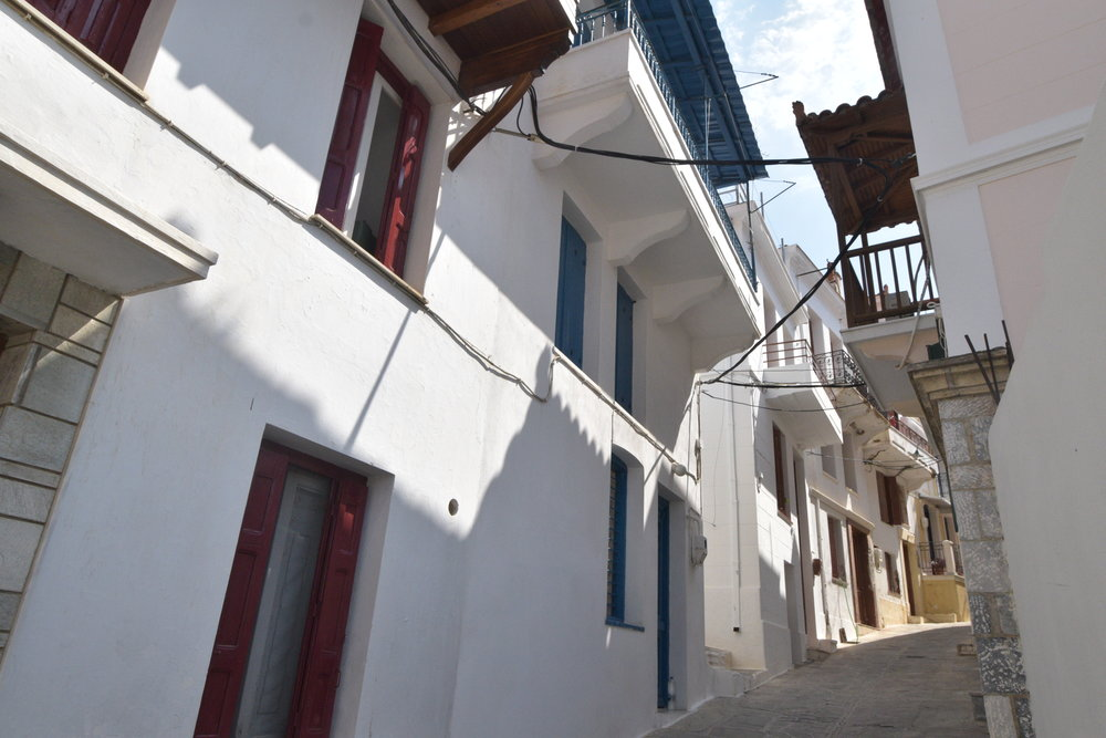 Spacious townhouse with easy access  Property number 27  Price: euro 130.000    Read more