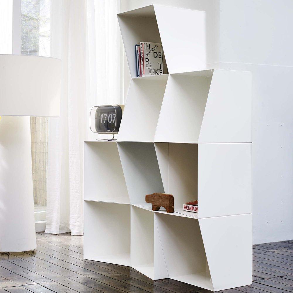 Bookcase Totem