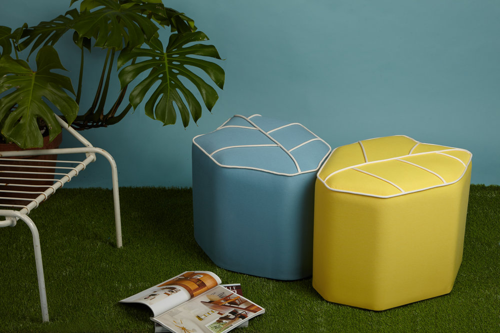 Outdoor Leaf Seat -