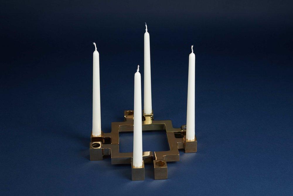 4 golden Candleholders KA