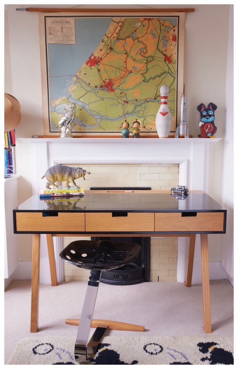 Design by nico black corian oak desk.jpg