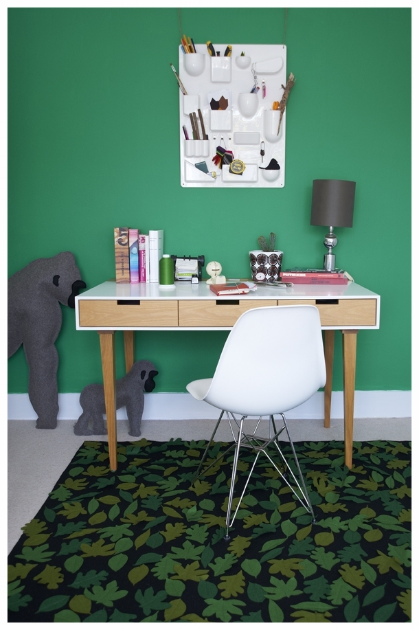 writingdesk_insitu-green.jpg
