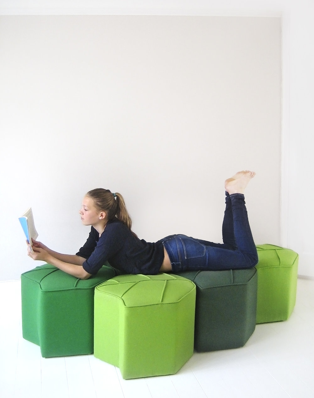 Daybed from Leaf Seats