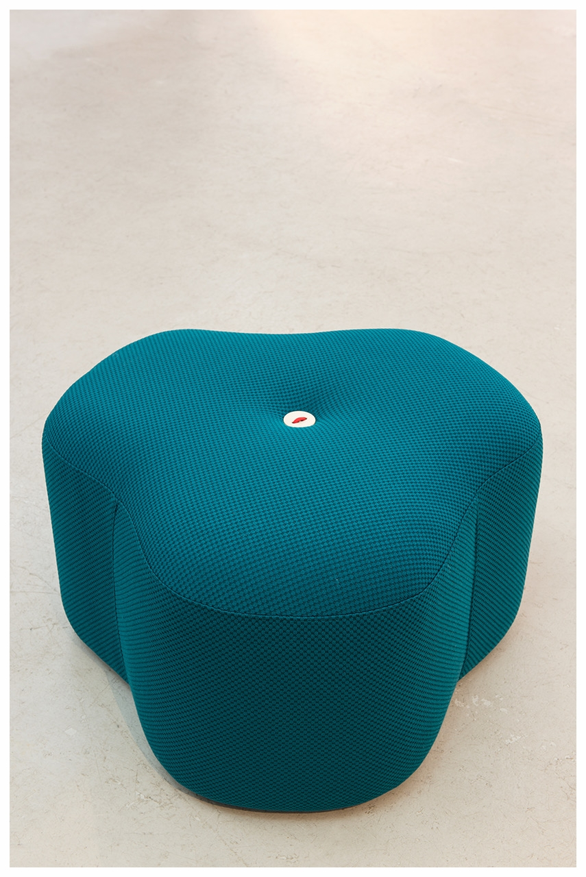 _Designbynico Poppy Bloom Stool Petrol Dot.jpeg
