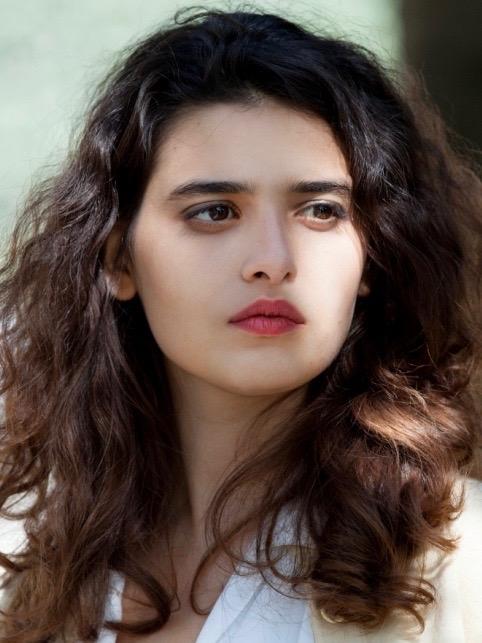 Manal Issa.jpg