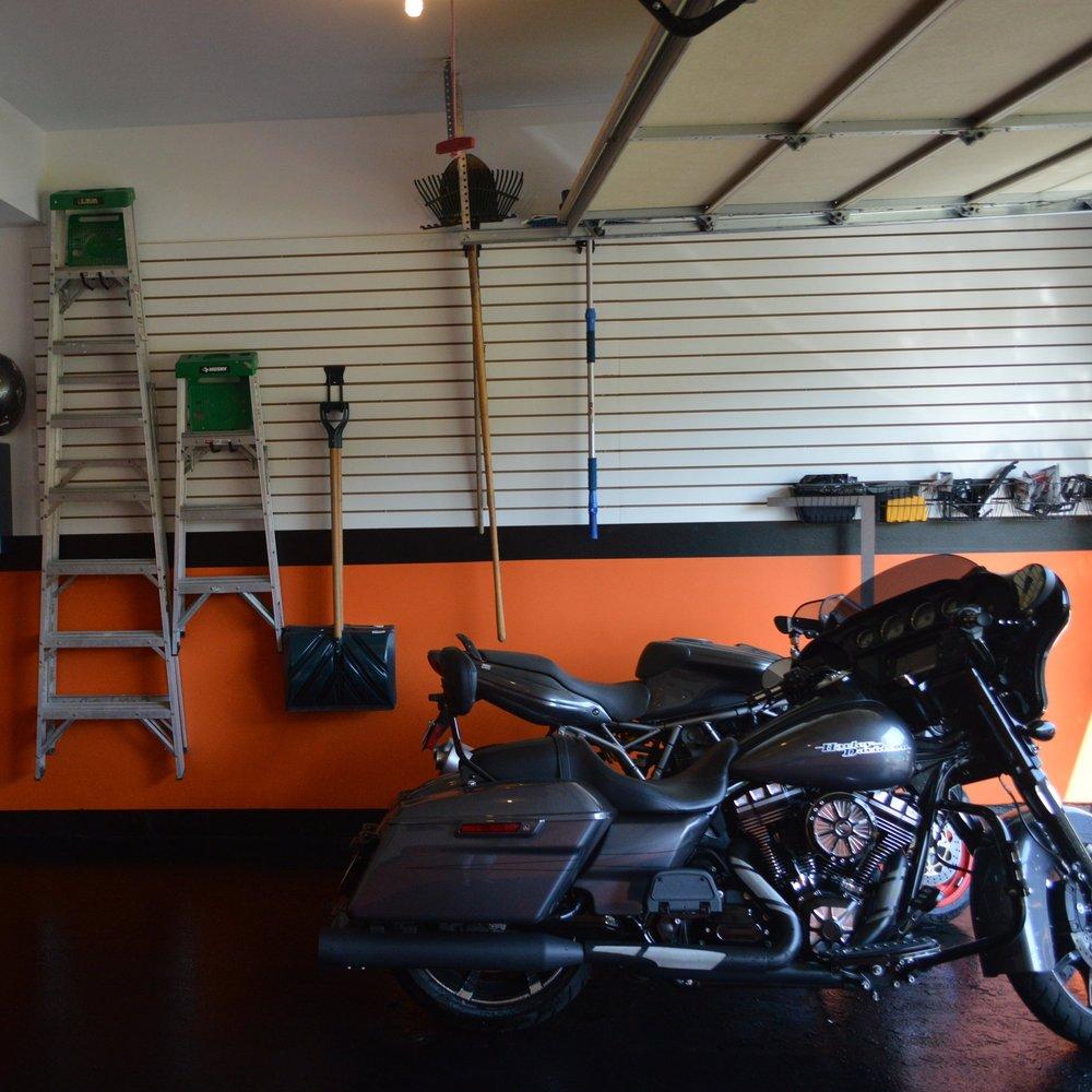 Garages & Pools