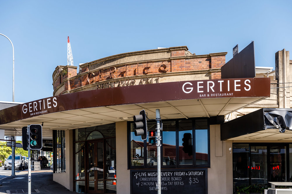 150m to Gerties Bar on Brunswick Street