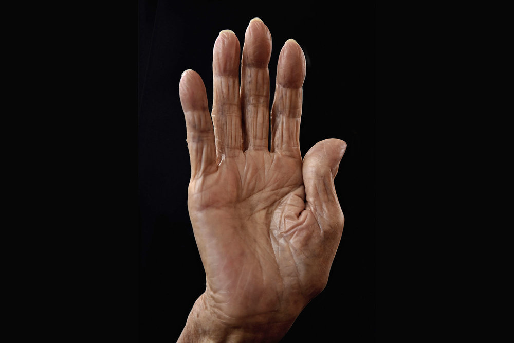 Hand of 102-years old Japanese women, Okinawa, Japan 2014 © Karsten Thormaehlen