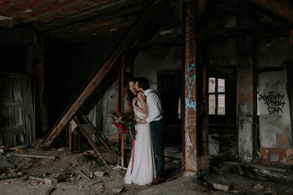 Chicago Elopement in Church Ruins