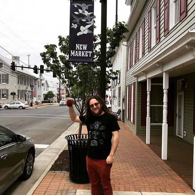 Stoping in ol' New Market, VA to head down to the @frenchbroadriverfestival in North Carolina with the @jeffaustin10 band!  Shirt design by @sofa_ghost #frenchbroadriver #bluegrass #northcarolina #virginia #virginiaisforlovers #toobadmygirlfriendisnthere #becauseimissher