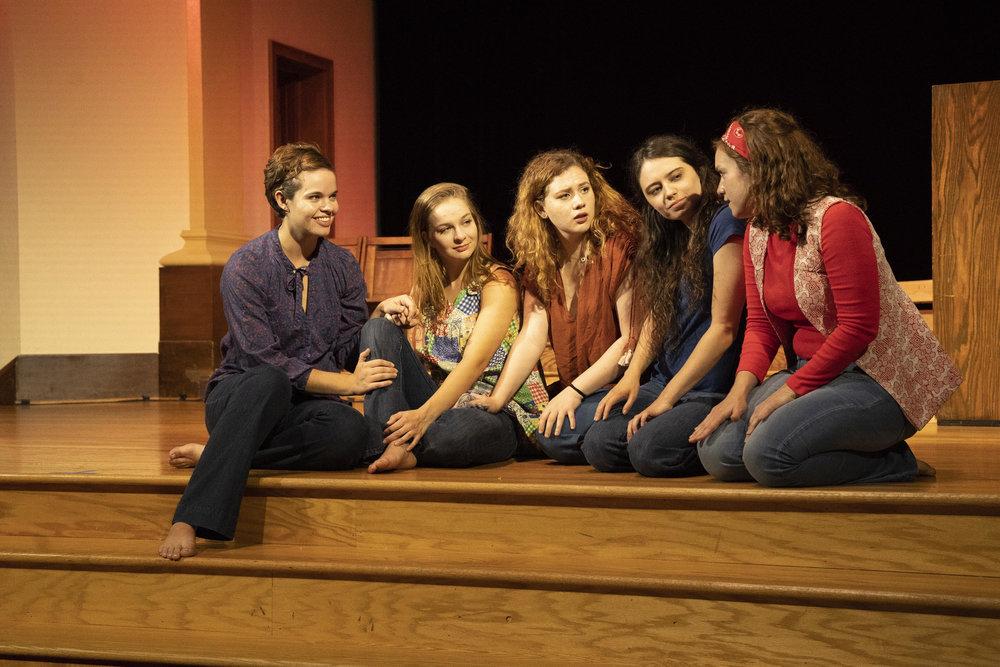 Linda Kasabian in  Charlie's Girls