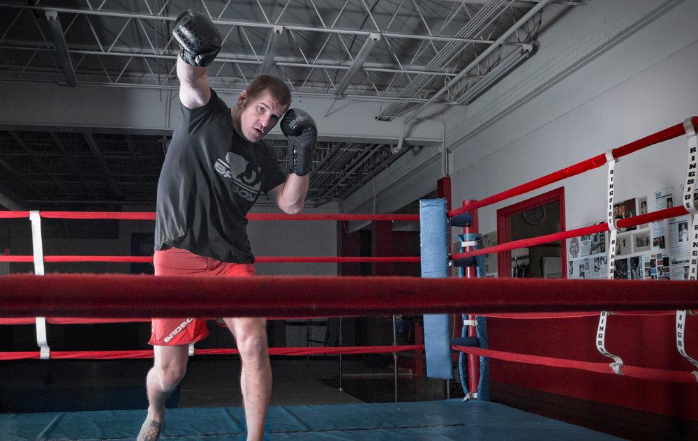 stipe-boxing-3.jpg