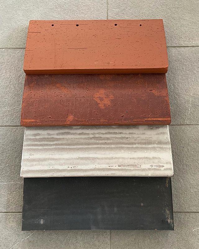 Tegel SK1N, provet till kommande projekt 👌 #sk1n #santanselmo #fasadeprodukter 📍kontakta oss för mer information 📍+46 31 701 77 03 📍info@bml.se  #tegelarkitektur #arkitektur #designfasade #wingårdhs #tegelsten #takpannor #petersencover