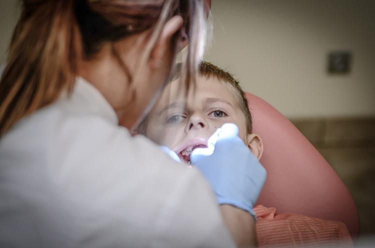 dentist_428647_1280.jpg
