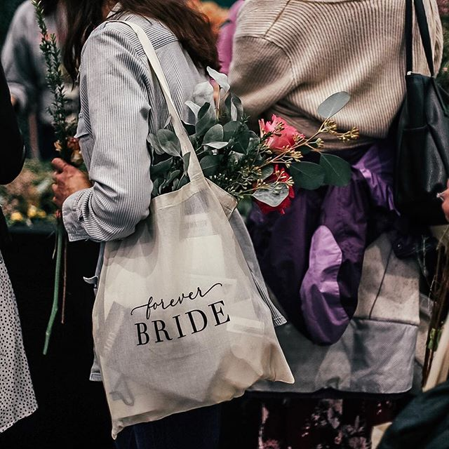 Had the amazing opportunity to shoot content at the @foreverbride Market this past Sunday 😍 thank you @ashleyhawkspatterson for the invite! #foreverbride #mplswedding #foreverbridemarket #weddingplanning #socialmediamanager