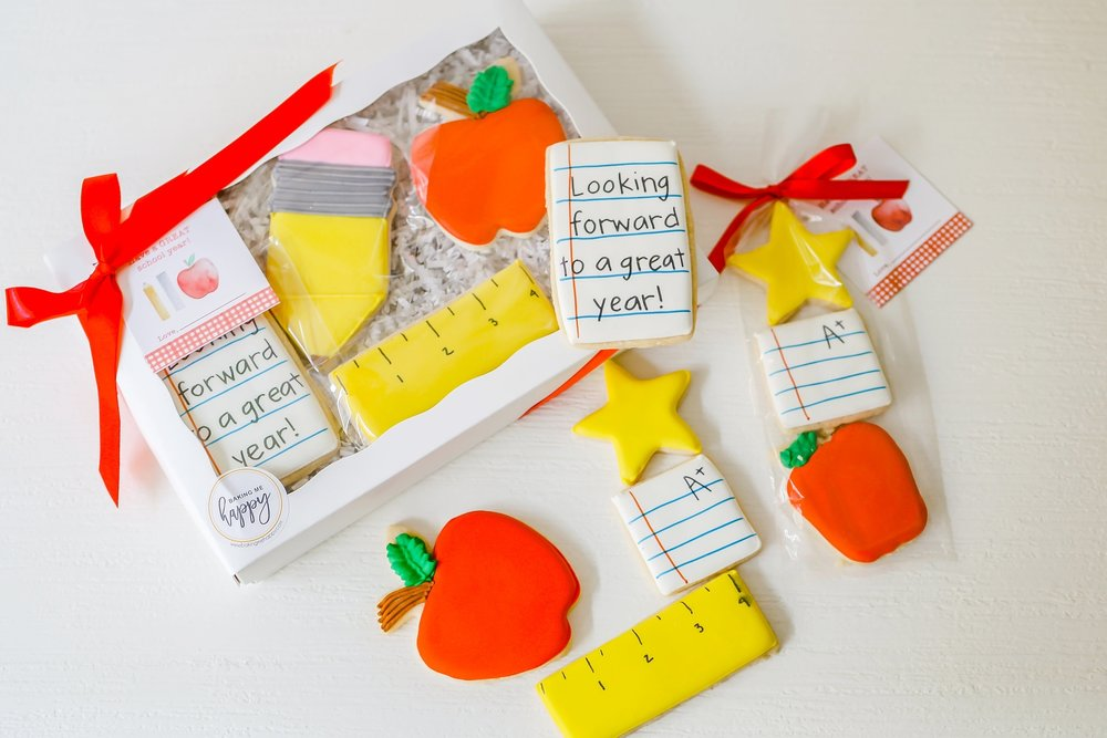 COOKIES BY  BAKING ME HAPPY  IN FAIRHOPE, ALABAMA | PERSONALIZED TAGS BY BAY PAPERIE