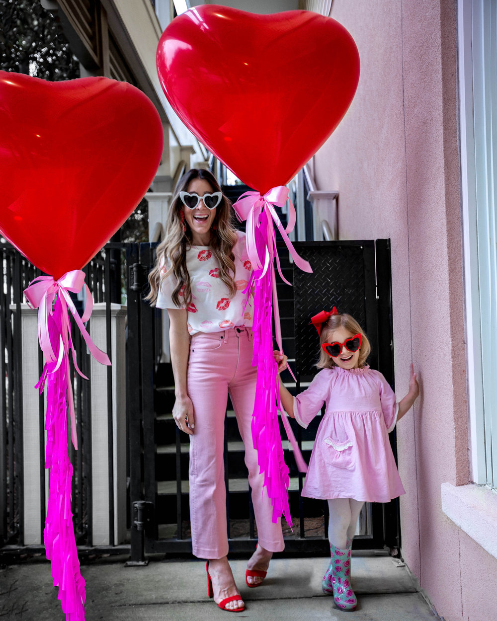VALEntiNE'S DAY GIFT IDEAS FOR ALL - Valentine's Day is such a sweet holiday! It's hard not to gift all of the people close to your heart a little something something! I have rounded up all of my favorite gifts to give everyone close to your heart this Valetine's Day!