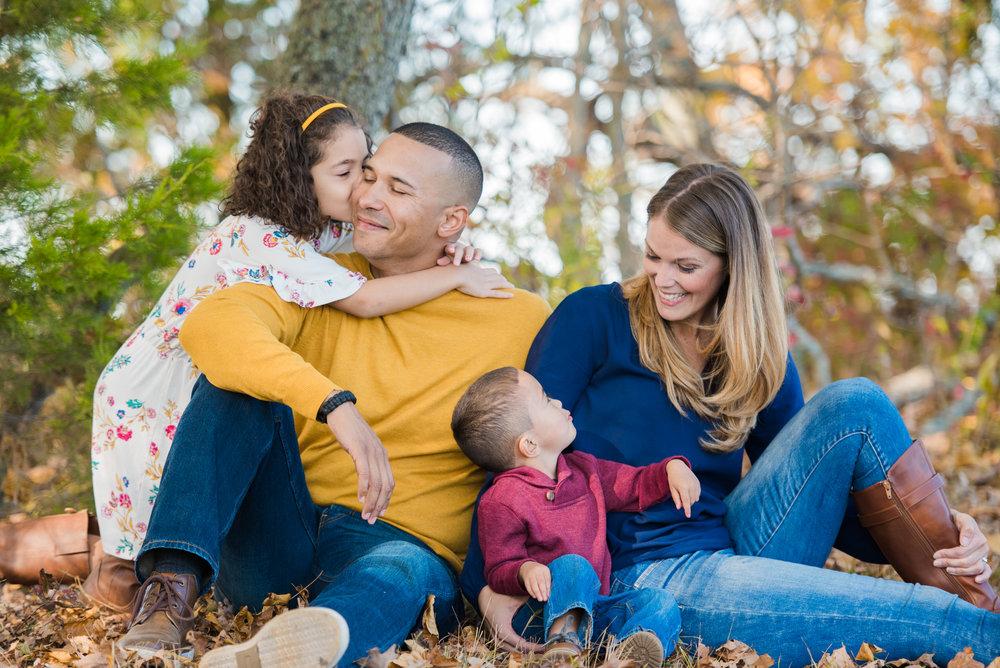 CT Lifestyle Family Session | Newborn Baby Photography | www.heatherandsarahphoto.com