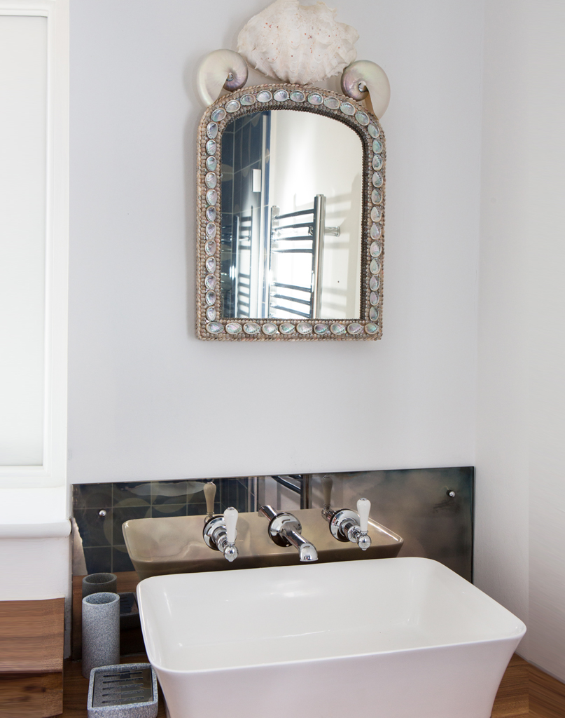Brancaster-portrait-bathroom-2.jpg