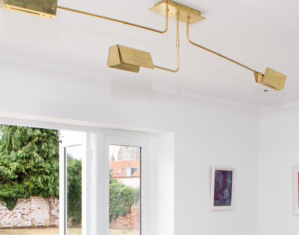 'BOROUGH ARM' BRASS LIGHT FITTING