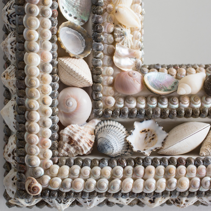 SQUARE SHELL MIRROR