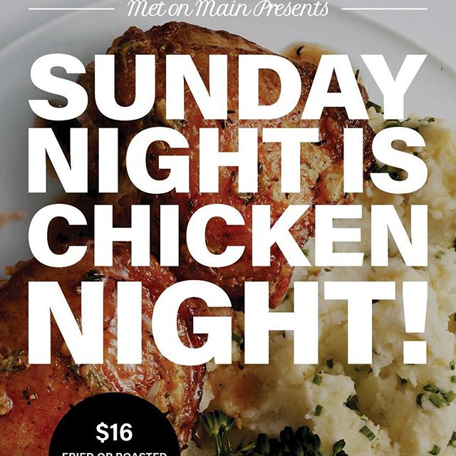 #sundayfunday #chickennight #friedchicken or #roasted #cornonthecob #biscuits #seeyou @metonmain #🍗🍽💫