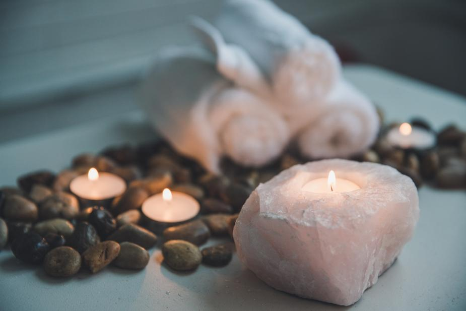 candle-in-natural-stone-holder_925x.jpg