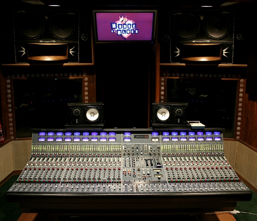 house-of-blues-studios-encino.jpg