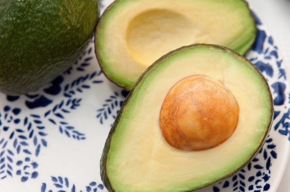 avocado-713094_1920.jpg