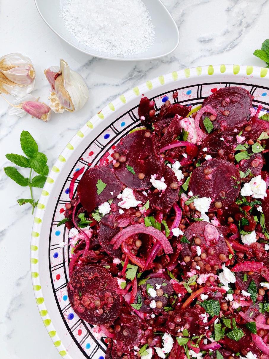 Salata sa kuvanom cveklom, socivom i limunom